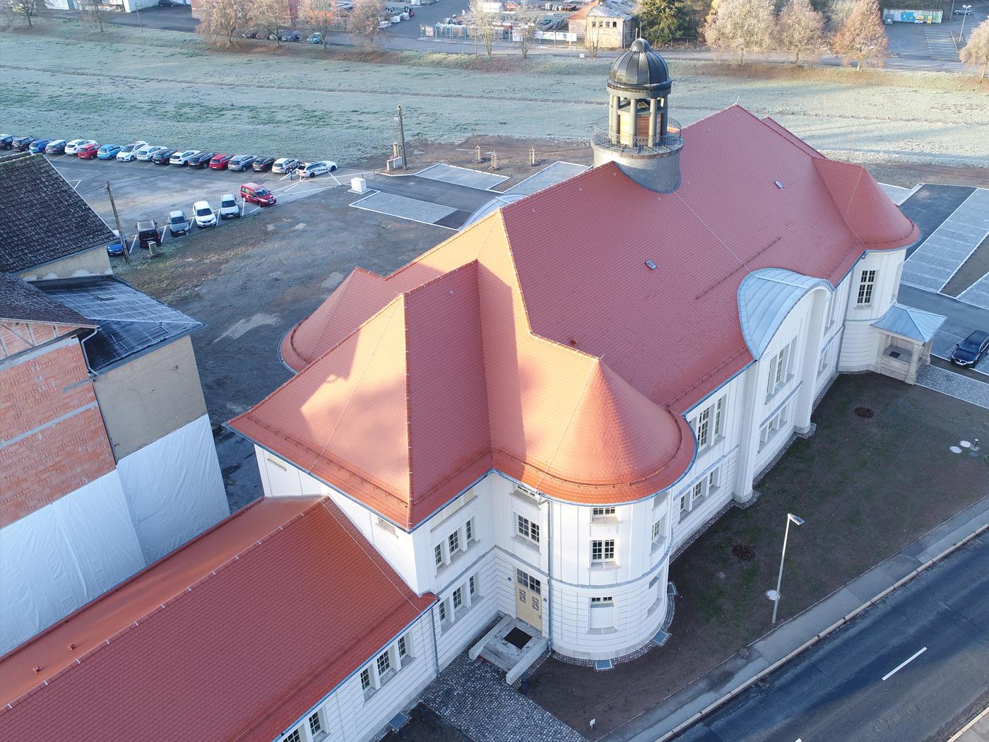 Gesamtansicht des fertige Daches (Fotos: Horn Bedachungen GmbH & Co. KG)